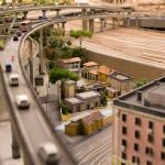 Auch diese kleinen Gebäude dürfen schon mal Probe stehen direkt zwischen dem Bahnhof Rom und der Autobrücke.