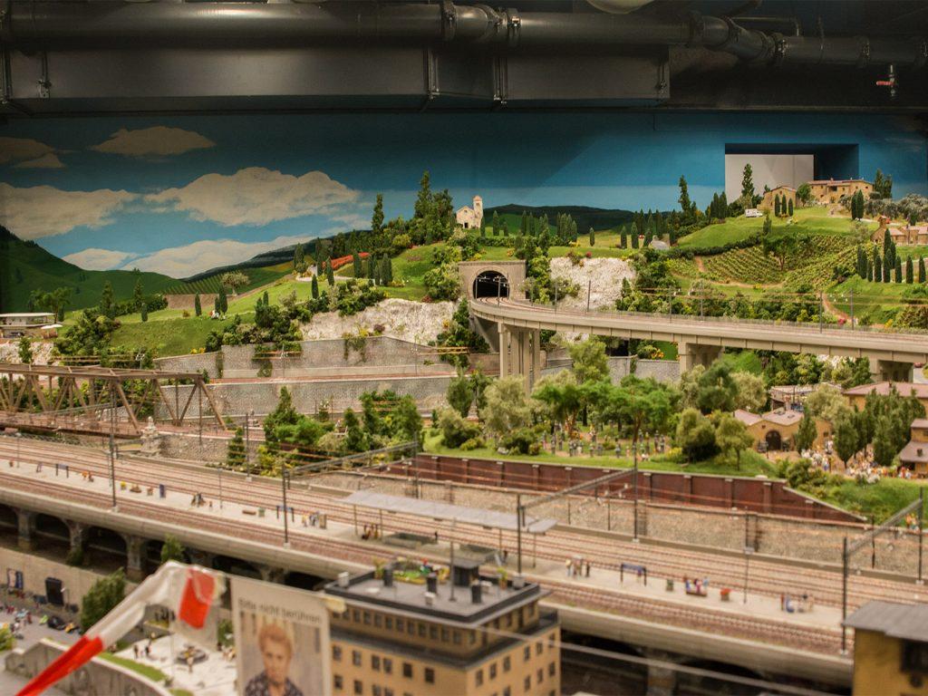 """In den Teilen Ligurien, Cinque Terre und der Toskana sind die """"Himmelarbeiten"""" soweit fertig gestellt."""